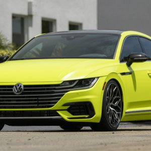 2019 VW Arteon R Line Highlight